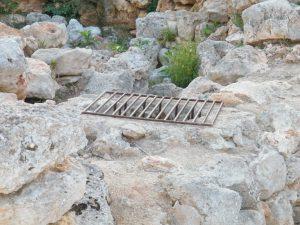 Excavacions Talaiot S'Illot 27-06-2104 010