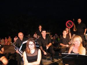 Festes-SIllot-Banda-de-Música-Sant-Llorenç-22-08-2014-008-300x225