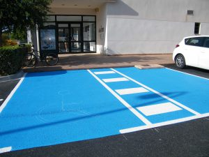 fotos aparcaments minusvalits 15-06-2015 003