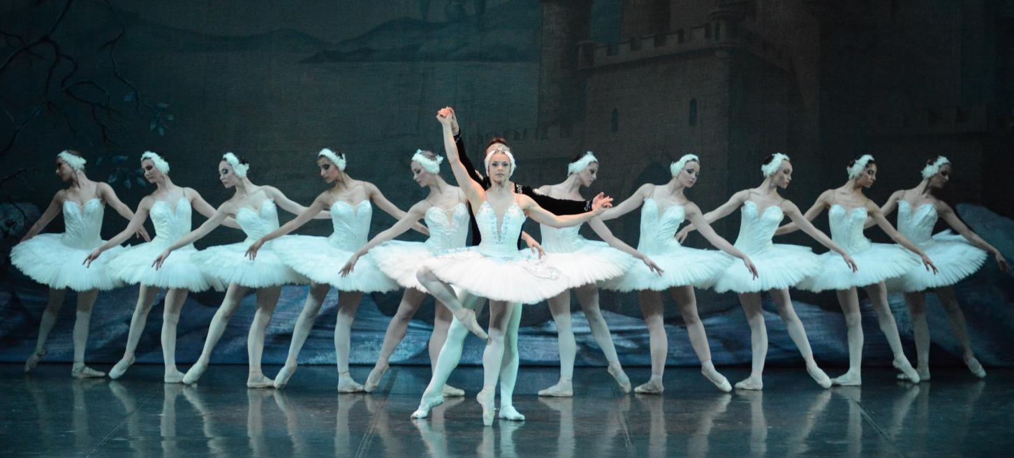 """El Ballet de Moscou presenta el """"Llac dels Cignes"""" a l'Auditori sa Màniga"""